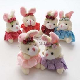 عروسک خرگوش دامن خالدار