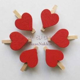 گیره  چوبی با قلب قرمز ساده