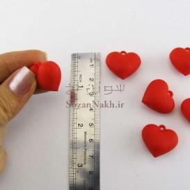 آویز قلب پلاستیکی